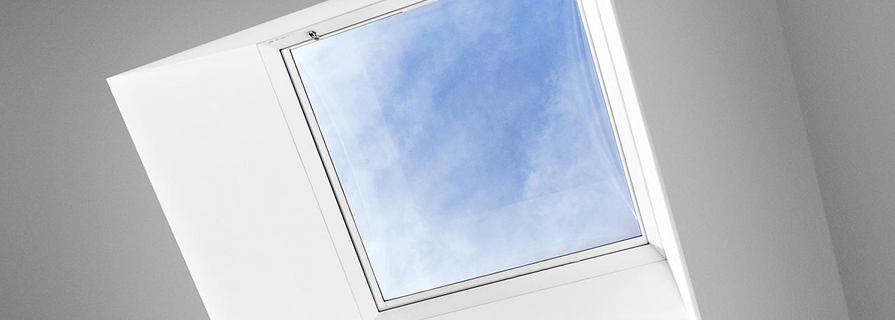 Uscita per artigiani per tetti piani velux accesso al tetto for Velux finestre x tetti