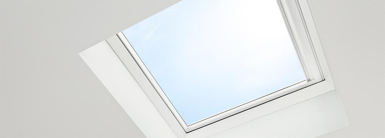 Finestre per tetti piani velux economiche e ad for Velux assistenza